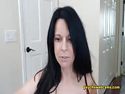 JoscelynRae Brunette Babe Focuses Squarely On Her Assets