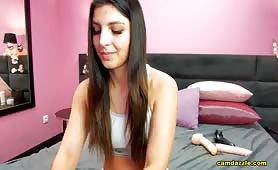 Roxxx_Anna Brunette Babe Doing Arousing Positions